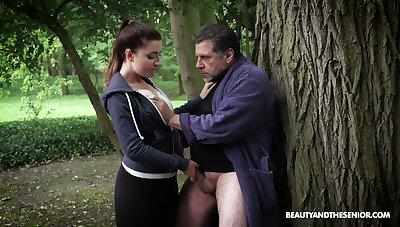 While jogging fresh beauty Teressa Bizarre lures older neighbor for sex