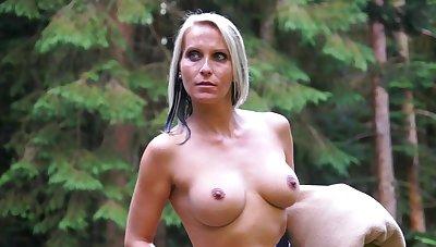 Blue eyed milf tries kinky sexual pleasures in the outdoor