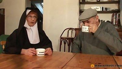 Papy Voyeur Ancient Nun Zoranal Double Penetration Nonne B - overprotect