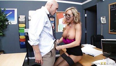 Teacher Brandi Love enjoys pleasuring a stiff Hawkshaw of her pupil