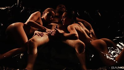 Erotic FFM triptych with stunning Cherry Pat and Ana Rose