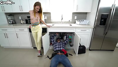 Young with an increment of horny battle-axe Dani Lynn does the visiting plumber