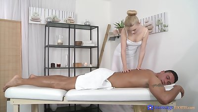 Glum palpate leads on touching flawless sex and cum on face
