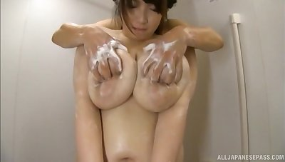 Obese Japanese main Shizuku Amayoshi knows how just about pleasure a dick