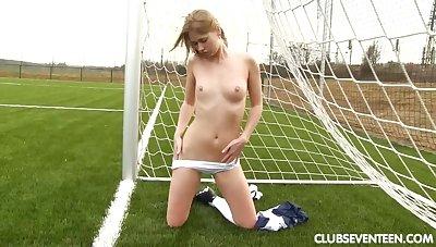 Barren USA soccer player